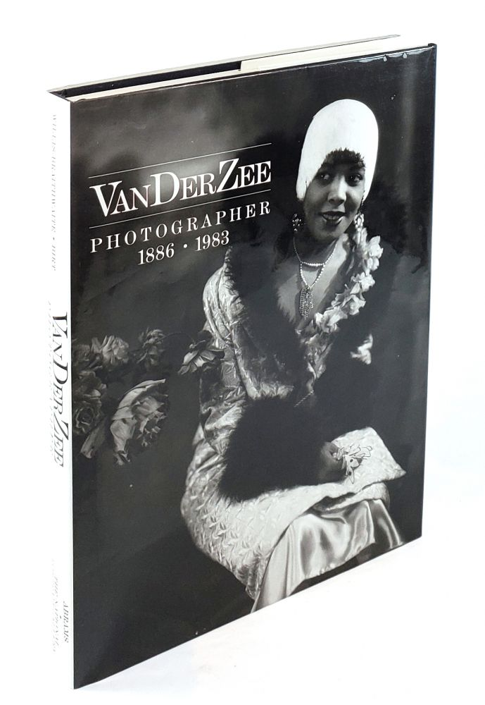 VanDerZee: Photographer 1886-1983. Deborah Willis-Braithwaite, Rodger C. Birt.