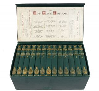 The Handy-Volume Shakespeare (13 Volumes in Box). William Shakespeare.